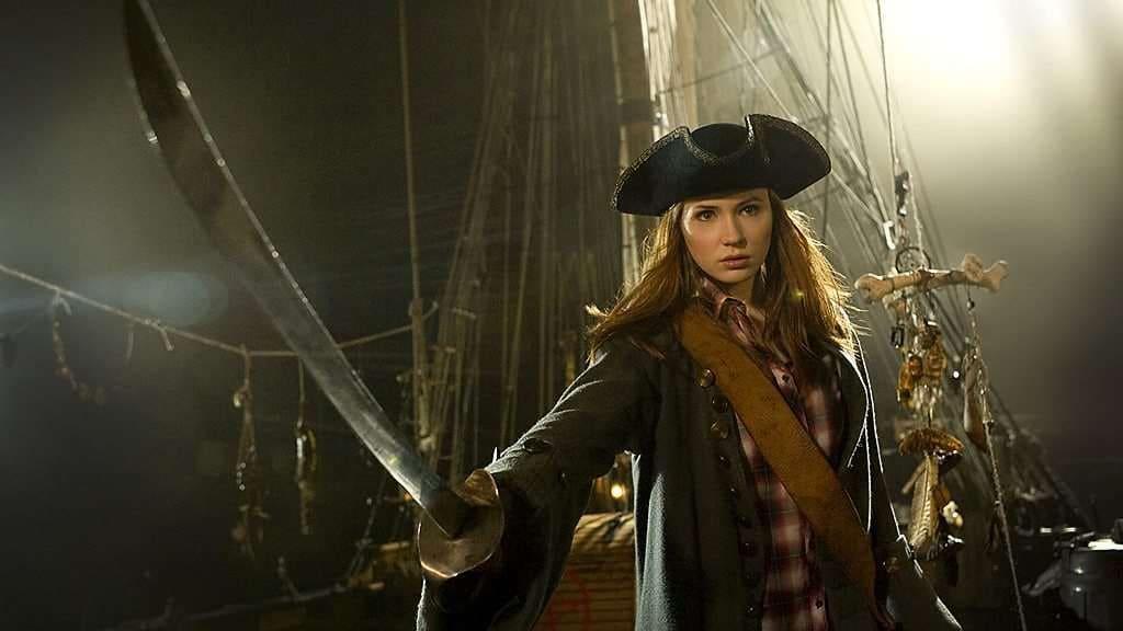 Карен Гиллан пират